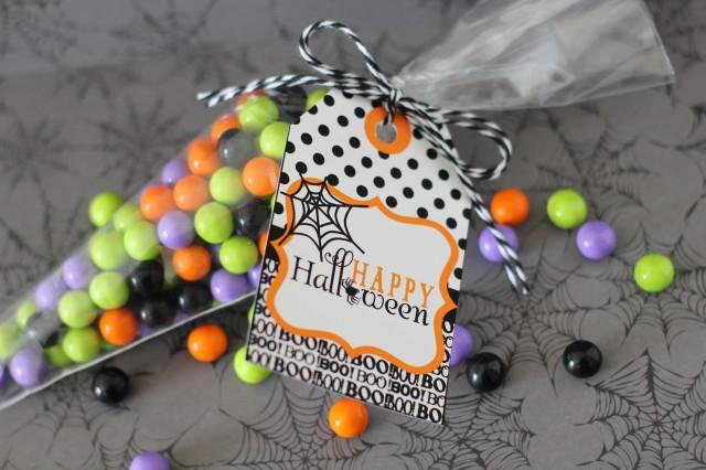 Free Halloween Tag