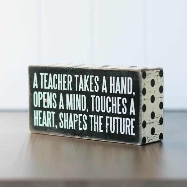 teacher_grande