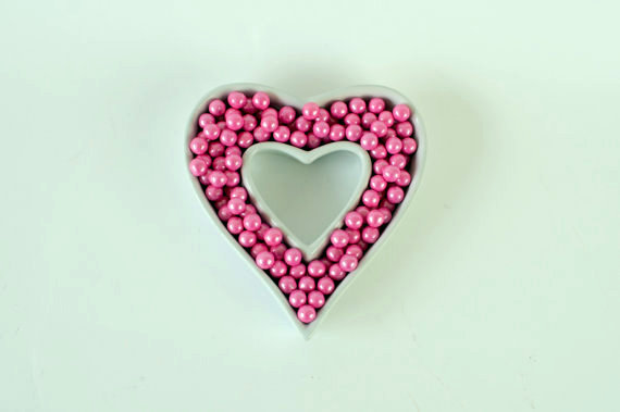 heart shaped ceramic candy dish