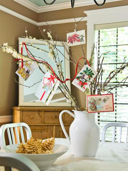 tree-branch-christmas-card-display